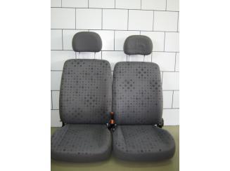 Opel Agila Ülésgarnitúta - Első és Hátsó Ülések
