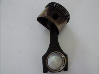 Opel Dugattyú Hajtókarral C26NE Omega A