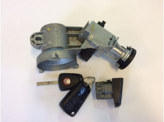 Opel Corsa D Gyújtáskapcsoló és Ajtózár