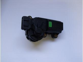 Opel Alapjárati Léptetőmotor. Gyári ÚJ. Astra G,Corsa B