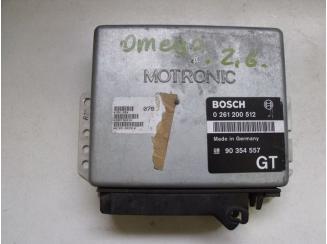 Opel Motorvezérlő C26NE Omega A.  0261200512 GT