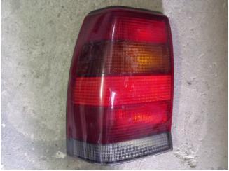 Opel Omega A Sedan bal hátsó lámpa 1990-től